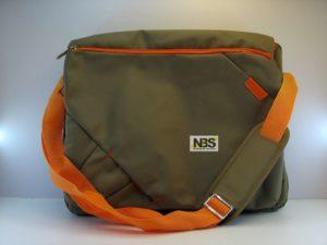 """Сумка для ноутбука 15.6"""" Soyntec Traveller 210 Песок/оранжевая Распродажа!!!"""